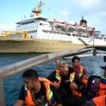FOTO WISATA JATENG : 2 Kapal Pelni Layari Semarang- Karimunjawa