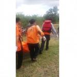 Evakuasi jasad Kemis Abdullah, 45, warga Dusun Pandan RT 002/RW 013, Ngadirejo, Eromoko, di Waduk Gajah Mungkur, Wonogiri, Selasa (11/7/2017) pukul 12.30 WIB. (Istimewa/BPBD Wonogiri)