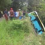 KECELAKAAN KARANGANYAR : Bus Rombongan Hajatan Tergelincir ke Ladang, 10 Orang Terluka