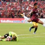 LIGA 1 : PS TNI Hajar Gresik United, Barito Imbangi PSM