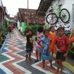 WISATA MADIUN : Indahnya Kampung Warna Warni Kota Madiun yang Penuh Mural