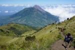 WISATA SOLORAYA : Menikmati Keabadian Edelweiss di Merbabu