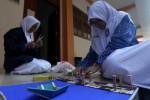 Siswa SMP Muhammadiyah PK Solo Bikin Dermaga dari Stik Es Krim
