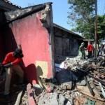 PENATAAN PKL SOLO : 18 Kios di Jl. Brigjen Katamso Mojosongo Dibongkar