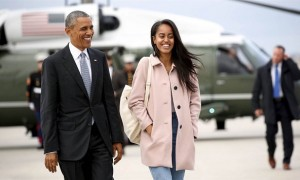 Barack Obama bersama Malia Obama (Nbcnews.com)