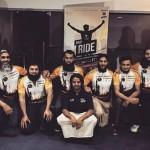 KISAH INSPIRATIF : Kendarai Sepeda, 8 Pria Inggris Berhaji Sambil Galang Dana Bagi Suriah