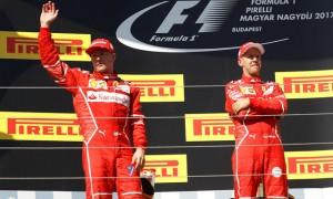 Kimi Raikkonen dan Sebastian Vettel (JIBI/REUTERS/Laszlo Balogh)