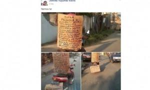 Kisah Unik warga Solo beri laporan soal judi online pakai kardus yang ditempel di punggung (Facebook)