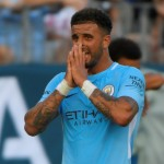 ICC 2017 : Walker Jadi Sasaran Boo Fans Tottenham