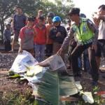 KISAH TRAGIS : Tertabrak KA di Kalijambe Sragen, Ibu dan Anak Terpental hingga Tewas