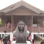 FOTO SISWA MENGENAL NUSANTARA 2017 : Pelajar Jateng Pelajari Sejarah Bengkulu