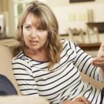 TIPS PARENTING : Bentengi Anak dari Hal Negatif