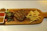 KULINER SOLO : Restoran Geber Promo Kemerdekaan