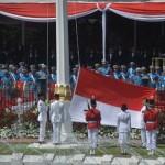 HARI KEMERDEKAAN INDONESIA: Jokowi Pakai Baju Adat Tanah Lumbu di Upacara HUT Ke-72 RI