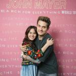 INSTAGRAM ARTIS: Sheryl Pamer Foto Dipeluk John Mayer, Warganet: Menang Banyak Tuh