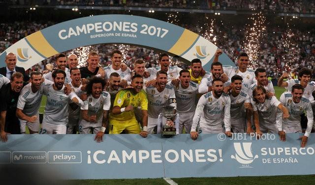 Real Madrid meraih Piala Super Spanyol 2017, Kamis (17/8/2017). (JIBI/Reuters/Sergio Perez)