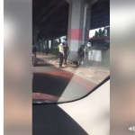 Akan disita polisi, pria ini pilih injak-injak motornya (Facebook)
