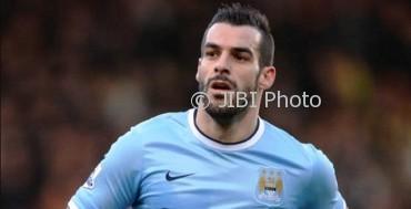 Alvaro Negredo Sanchez saat masih berseragam Manchester City. (Alchetron.com)