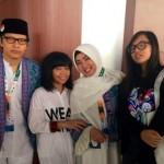 Armand Maulana dan Dewi Gita Berangkat Haji