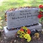 Makam Michael Jackson Ternyata Kosong