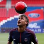 Uang Bukan Motivasi Utama Neymar ke PSG