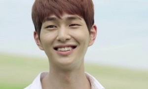 Onew Shinee (Allkpop.com)