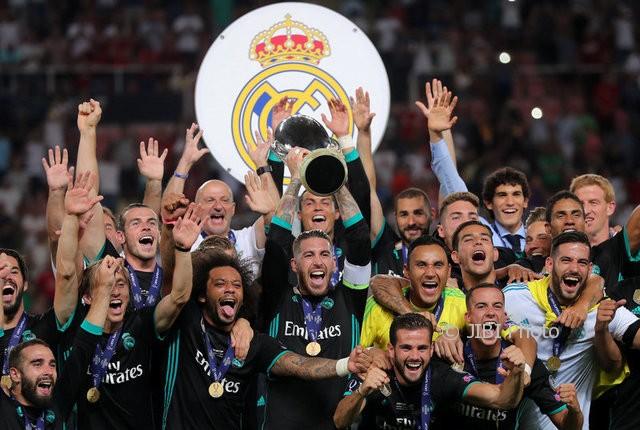 Real Madrid merayakan gelar Piala Super Eropa 2017. (JIBI/REUTERS/Eddie Keogh)