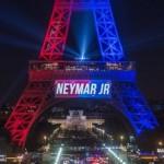 Bertakbir Sambil Acungkan Pisau di Menara Eiffel, Pria Ini Dtangkap Polisi