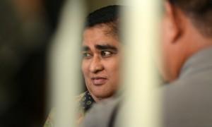 Terdakwa kasus pembunuhan berencana Dimas Kanjeng Taat Pribadi berada di dalam sel Pengadilan Negeri (PN) Kraksaan Probolinggo, Jawa Timur, Selasa (1/8/2017). (JIBI/Solopos/Antara/Umarul Faruq)