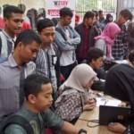 Para peserta Kompetisi Telkomsel The NextDev 2017 melakukan registrasi di Semarang, Jateng, Kamis (3/8/2017). (JIBI/Solopos/Antara/R. Rekotomo)