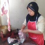 Penjualan Daging Kambing Siap Sepi Pembeli