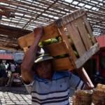 FOTO PASAR TRADISIONAL SEMARANG : Pedagang Pasar Kanjengan Digusur