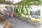 Para pedagang menjajakan dagangannya di Pasar Banjarharjo, Selasa (15/8/2017). (Bernadheta Dian Saraswati/JIBI/Harian Jogja)