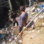 KEBERSIHAN SEMARANG : Bersihkan Sungai, Warga Ambarawa Dapati Sampah Satu Truk