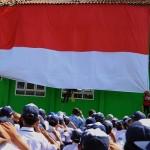 FOTO HUT RI : Bendera Raksasa di Hari Kemerdekaan