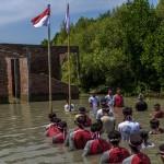 FOTO HUT RI : Begini Upacara di Desa Yang Hilang