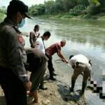 Mayat Pria Tanpa Identitas Ditemukan Mengapung di Sungai Brantas Kediri