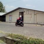 Siap Pindah, Pedagang Pasar Klewer Timur Solo Mulai Benahi Kios Darurat di Alut