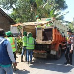 TOL SOLO-SEMARANG : 2 Ekskavator dan 1 Bulldozer Dikerahkan saat Pembebasan Lahan di Kiringan Boyolali