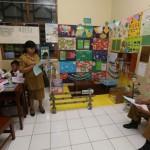 PENDIDIKAN DI SOLO : Sekolah di Solo Ini Kembangkan Sudut Baca di Tiap Kelas
