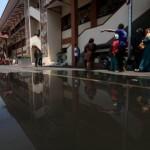 INFRASTRUKTUR SOLO : Saluran Air Depan Pasar Klewer Ambles, Sudah Sepekan Belum Diperbaiki