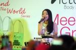 Nyanyian Natasha Wilona untuk Penggemar Soloraya