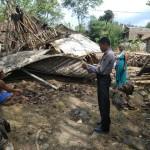 Lapuk, Rumah Warga Kunden Sukoharjo Tiba-Tiba Ambruk