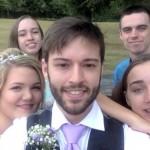 KISAH UNIK : 9 Tahun Selfie, Ekspresi Pria Ini Selalu Sama
