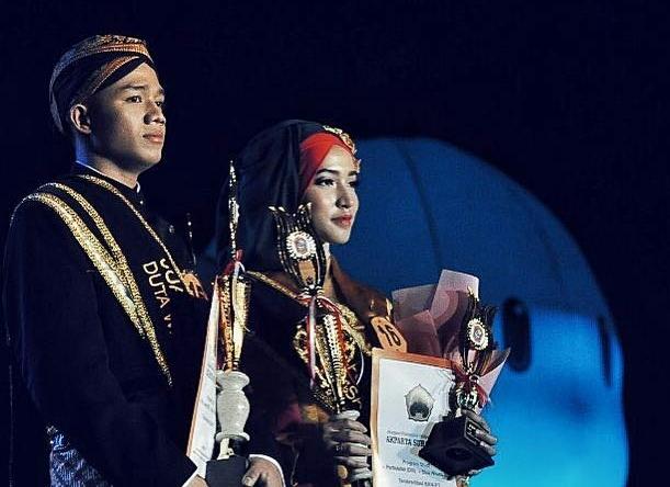 Juara II Putra Lawu 2017, Guntur Lufianto Eka Saputro, dan Juara II Putri Lawu 2017, Dian Rizkita. (Istimewa - PPL 2017)