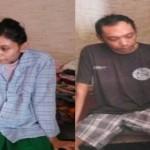 Penderita lumpuh, Sri Endang Hari Pujiastuti (kiri) dan adiknya Edi Sukarman duduk di pembaringan di rumah mereka di Desa Banaran, Tulungagung, Selasa (12/9/2017). (Istimewa/Antara)