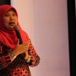 KISAH INSPIRATIF : Rangkul Pengrajin Pertahankan Batik Tulis