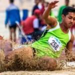 FOTO POPNAS 2017 : Dramatisnya Lompat Jauh Pelajar di Kendal