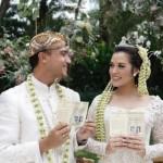 Gaun Pengantin Raisa Populerkan Busana Pernikahan Sunda di Jogja