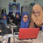 PENDIDIKAN SOLO : SMP Muhammadiyah 7 Terapkan Aplikasi Edmodo untuk Belajar Matematika